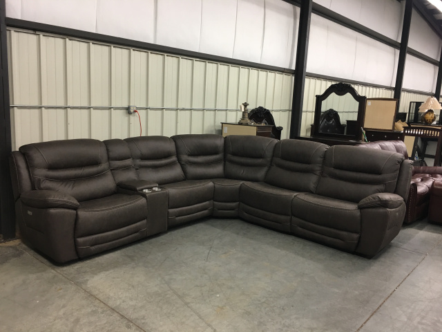 083 Motion Reclining Sectional Sofa With 4 USB, 2 Power Ports In Cupholder - Splash Chocolate $2195
